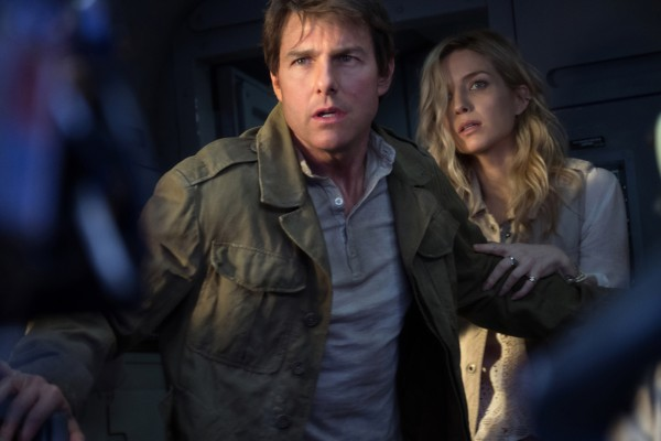 the-mummy-movie-image-tom-cruise-annabelle-wallis-600x400
