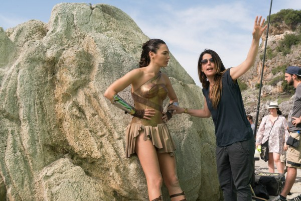 wonder-woman-patty-jenkins-gal-gadot-social-600x400