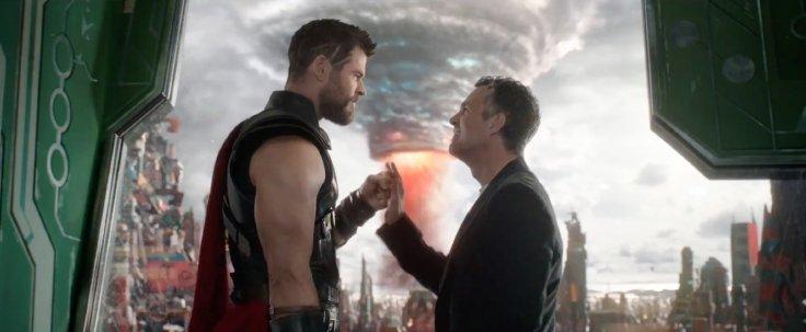 Thor-Ragnarok-Thor-Hulk