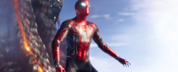 avengers-infinity-war-image-spider-man-new-suit-600x245
